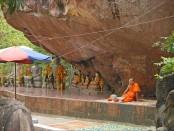 Phnom Kulen - Pagode du Bouddha couché.